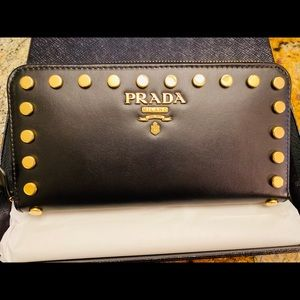 Prada Wallet in Black leather with gold studs